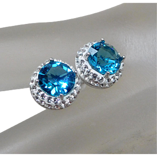 Sterling Silver Earrings Set With White & Blue Crystals.