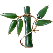 Vintage 14K Yellow Gold & Carved Jade Bamboo Brooch