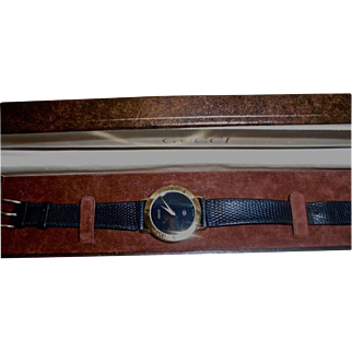Mens Gucci 18K Gold Plated Watch Black Snakeskin Band in Original Presentation Case