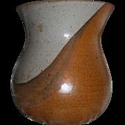 Gerry Eskin (Iowa Artisan 1934-2011) Museum Wothy Signed Ceramic Vase