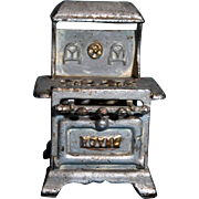 """Royal Doll House Sized Cast Iron Stove Circa 1950s 3 1/4"""" Wide 4 1/2"""" High 2 3/4"""" Deep"""