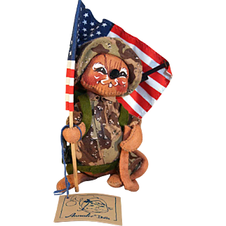 """Analee Doll military mouse Desert Storm doll 6"""" tall holding American flag code # 9931."""