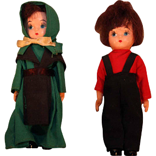 """Pair Hard plastic 5"""" tall pair of Amish dolls in original labeled boxes in good condition"""