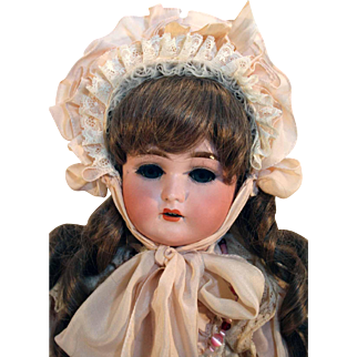 Antique bisque head doll 23´tall called 'Special' by Kley and Hahn from 1902-1913, very pretty.