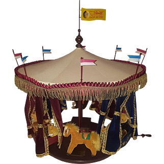 Steiff Millenium Carousel - Knopf im Ohr