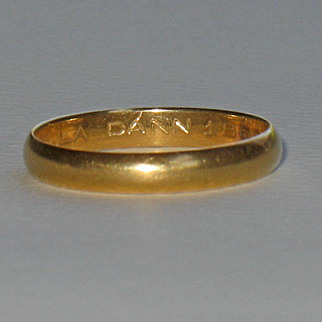 1866 18K Yellow Gold Band Ring