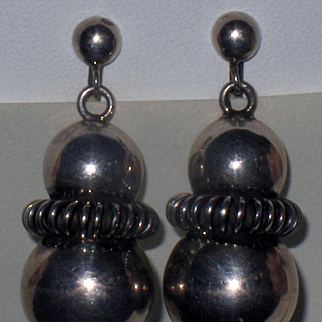 Exceptional Vintage Mexican Sterling Silver Earrings
