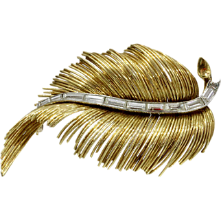 French Vintage 18K Gold Emerald Cut Diamond Feather Brooch