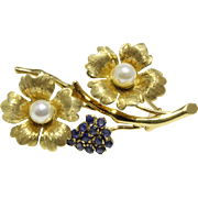 Vintage Italian Dogwood Flower 18K Gold Sapphires and Cultured Pearls Brooch Pin