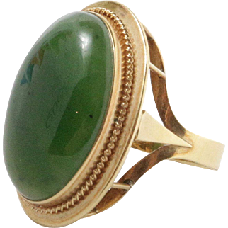 Large Vintage Spinach Jade and 18K Gold Cocktail Ring