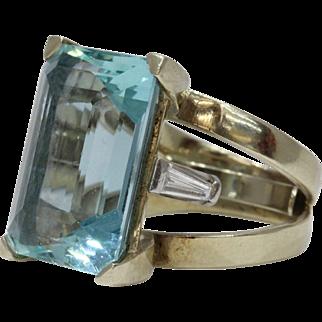 Vintage Large 30 Carat Aquamarine and Diamond Statement Ring 14K Gold