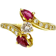 Natural Ruby and Diamond Bypass Toi Et Moi Arrow 18K Gold Ring