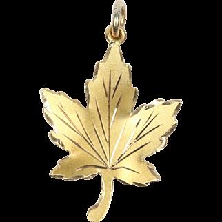 Vintage 14K Yellow Gold Maple Leaf Charm Pendant