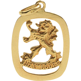 Vintage Luxembourg Coat of Arms Lion 18K Gold Charm Pendant