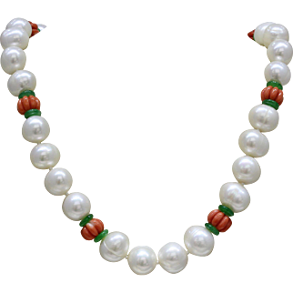 Baroque Freshwater Pearl Necklace with Carved Natural Coral and Jadeite