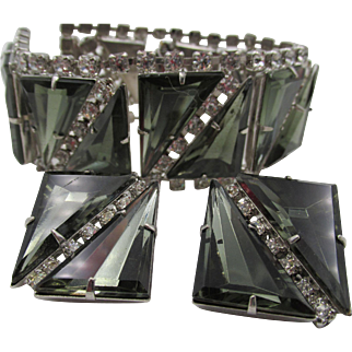 Specialty  Smokey Gray Triangle Rhinestone Rhodium Plated Bracelet and Earrings