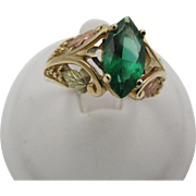 Vintage 10k Yellow Rose Gold Simulated Emerald Filigree Ring Clark & Coombs
