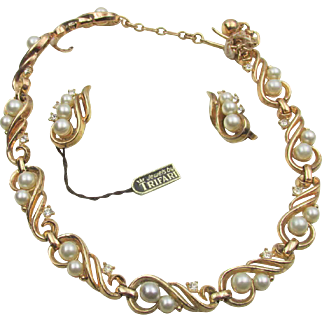 Crown Trifari Pearl and Rhinestone Necklace and Earrings in Orig Presentation
