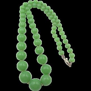 Vintage Czech Jadeite Peking Glass Beaded Necklace