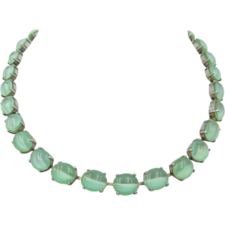 Vintage Art Deco Mint Green Moonstone Glass Necklace