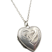 Vintage English Sterling Silver Engraved Heart Locket and Chain Necklace