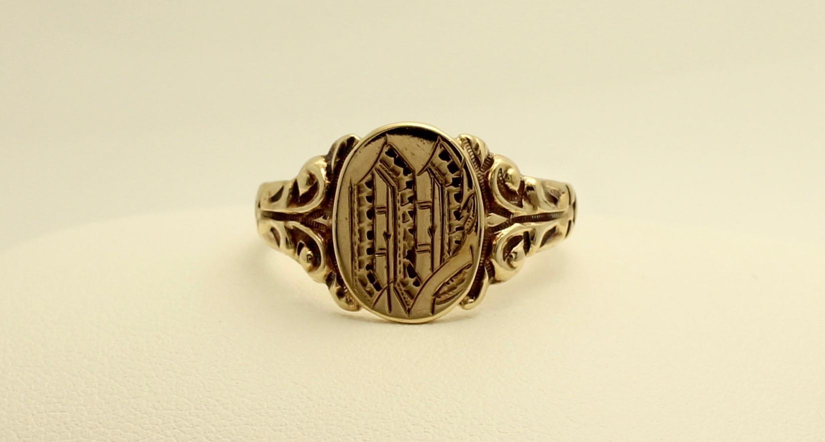 vintage style 10k yellow gold signet ring size 9