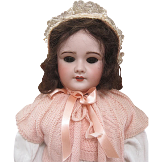 Pretty SFBJ 301 French doll 25.5 inches