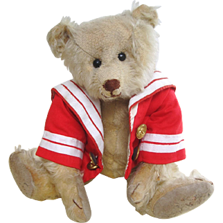 An early Teddy bear c.1910 with American characteristics