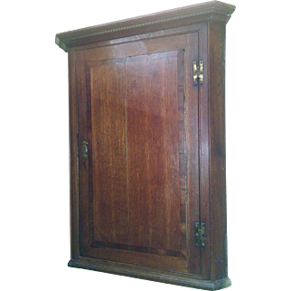 18th C Georgian Oak Hanging Corner Cupboard