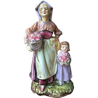 Arnart Glazed Fine China Figurine Grandma & Granddaughter with Baskets of Apples
