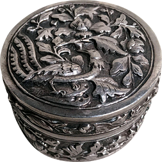 Silver Repousse Round Trinket/ Pill Box, c. 1890-1910