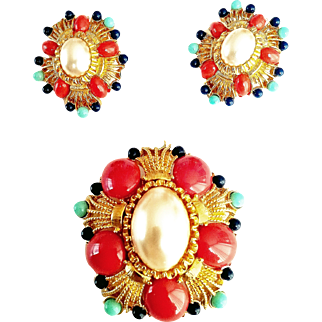Joan Rivers-  Signed 1990's  Couture  Mabe Faux Pearl  Coral Turquoise Lapis Lazuli Lucite Cabochons  Brooch/Earrings Demi-Parure