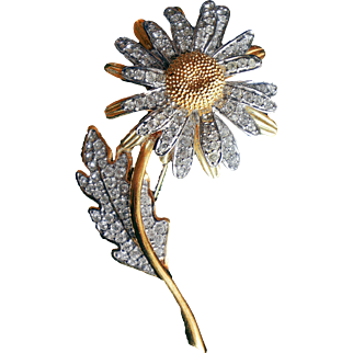 Nolan Miller-   1990's Rare 18 KR GP And Rhodium Crystals Bejeweled  Brilliant Daisy Flower Brooch