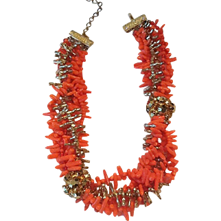 Vintage faux coral and gold bead necklace