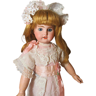 Charming Antique French Doll-Pretty Smile!