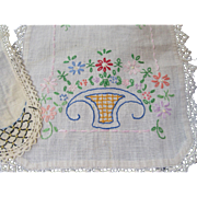 Lovely Vintage Linen Lot-Doilies