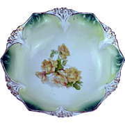 RS Prussia Point and Clover Berry Bowl