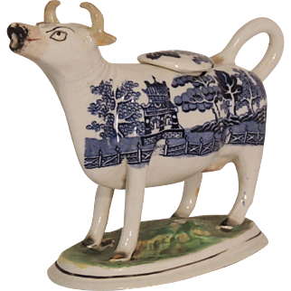 Staffordshire Cow Creamer w/Lid in the Blue Willow Pattern