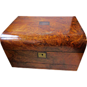 C1870 Figured Walnut Jewellery Box