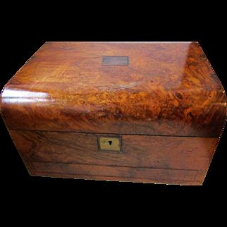 C1870 Figured Walnut Jewellery Box