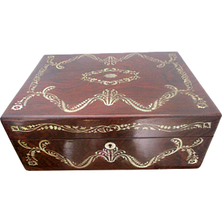 Fine Victorian Rosewood & Mother of Pearl Sewing / Jewelry Box