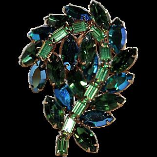 "Vintage 1960's Signed  Hollycraft Multi Green Rhinestone Leaf Shape Brooch ""MINTY""!"