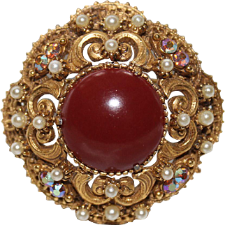 """Vintage Signed """"FLORENZA"""" Victorian Style  with Carnelian Faux Glass Center Brooch Must See!"""