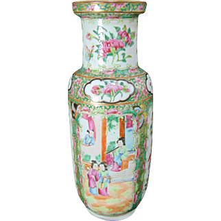 Beautiful Mid 19th Century Chinese 'Canton' Cylindrical Rouleau Vase