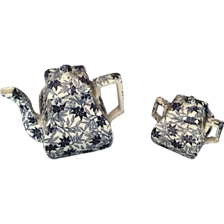 Lovely Turn of the Century Teapot And Sugar Bowl