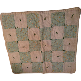 Nice 1930's Doll Quilt