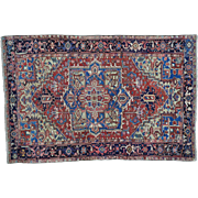 Pure Wool Antique Persian Heriz Hand Knotted Rug Sh30150