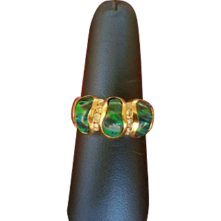 Unusual 14K Yellow Gold Ring Set With 3 Free Form Gypsy Set Opals.