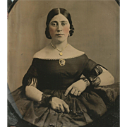 Fine Detail PERIOD FASHION Off-Shoulder Hoopskirt MINIATURE PORTRAIT BROOCH Cased 9TH PLATE Tintype