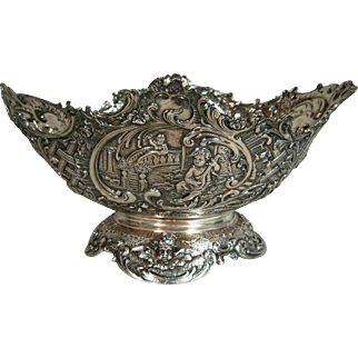 Antique Cherub Sterling Silver Centerpiece Hanua Marks English Import Marks 1892